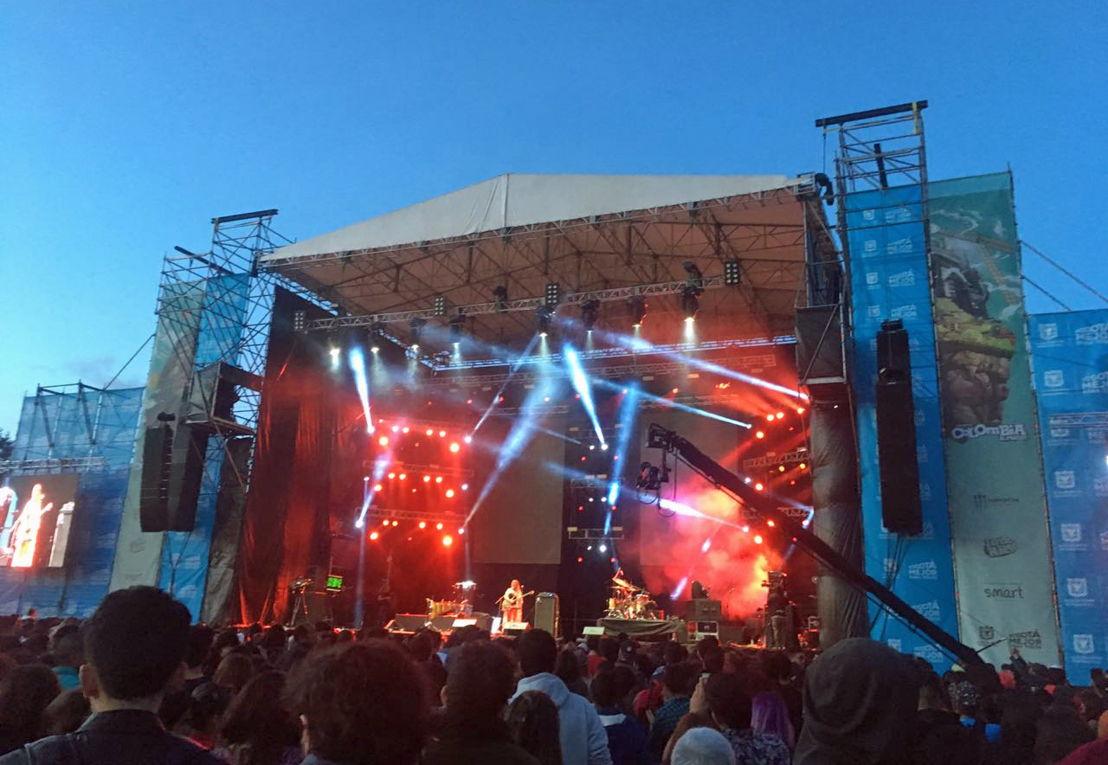 """Iluminación Jaime Dussan sonorizó el escenario de """"Colombia al Parque"""" con ShowMatch DeltaQ de Bose Profesional."""