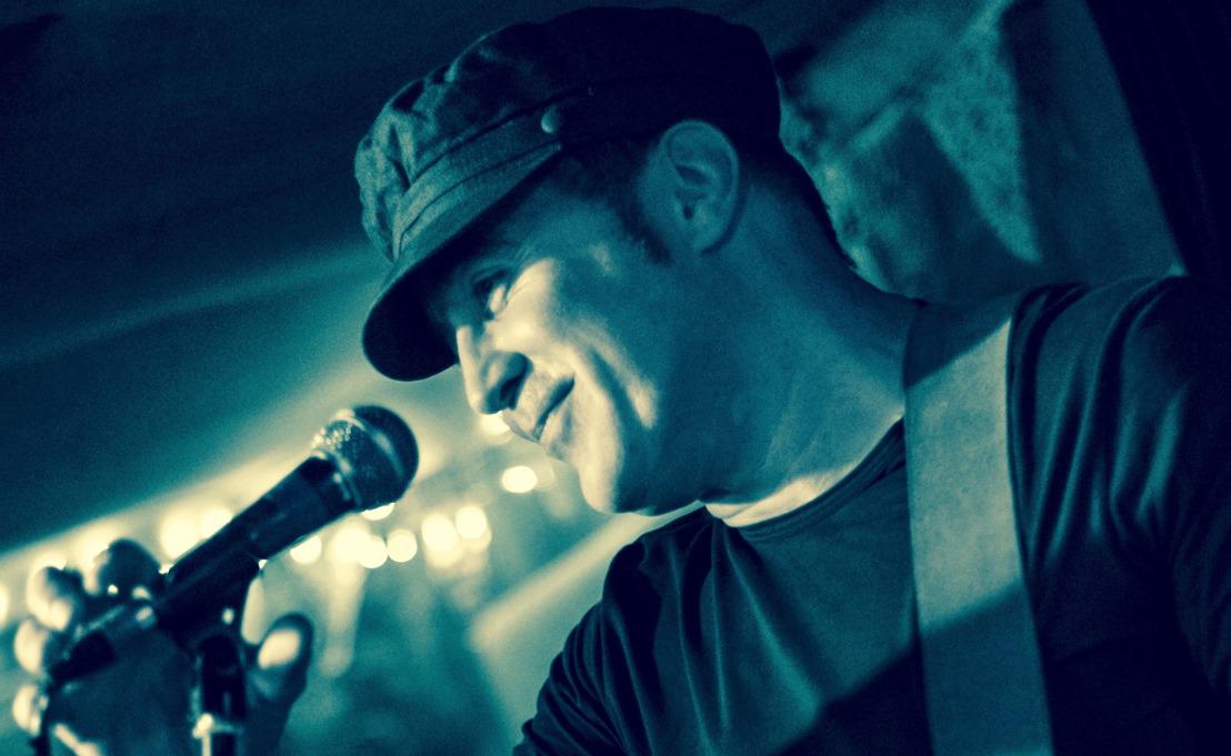 Untrained Heart is NEAL HOFFMANN's super solo debut