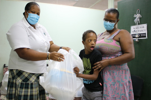 Saint Lucia, UNICEF partner to provide cash and care support as part of COVID-19 response