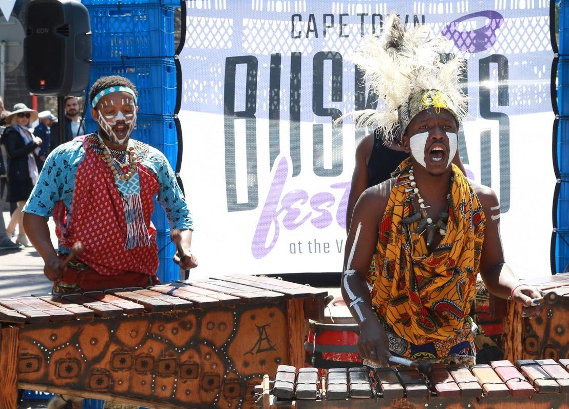 Locals, Hlanganani Marimba. Image by Nardus Engelbrecht