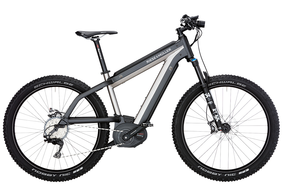 The Supercharger Mountain is Riese & Müller's first fully integrated e-bike design, with a Bosch PowerTube battery incorporated into the frame.