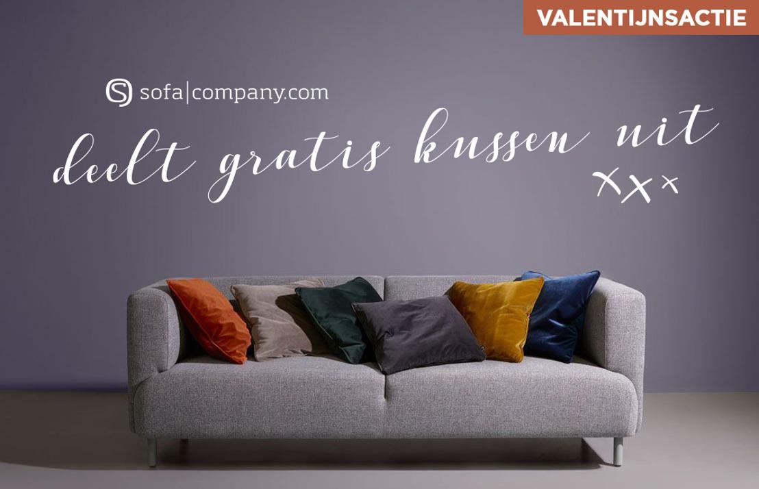 Sofacompany deelt gratis kussen uit voor Valentijn