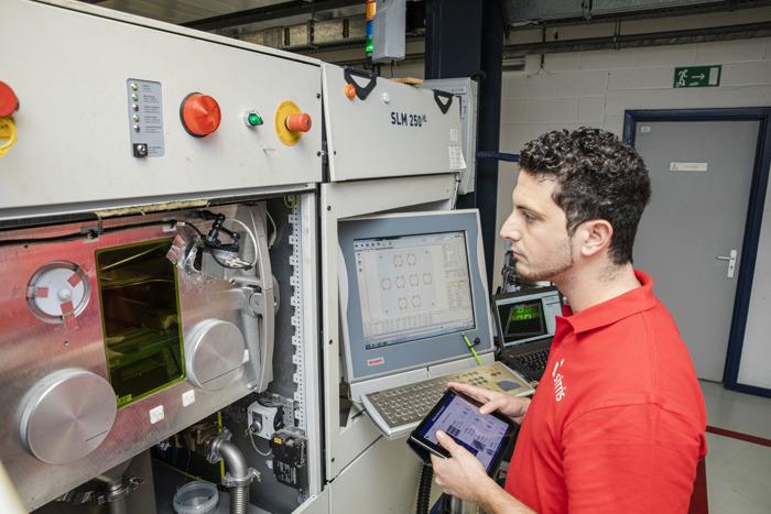 Sirris met en pratique l'industrie 4.0 pour aider les entreprises manufacturières belges à se numériser