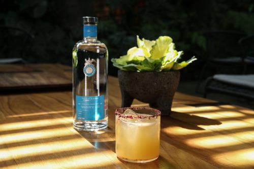 Preview: Celebra el Día Mundial del Coctel con 3 sencillas recetas hechas con Tequila Casa Dragones Blanco