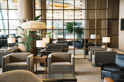 New Cathay Pacific Lounge opens at  Vancouver International Airport