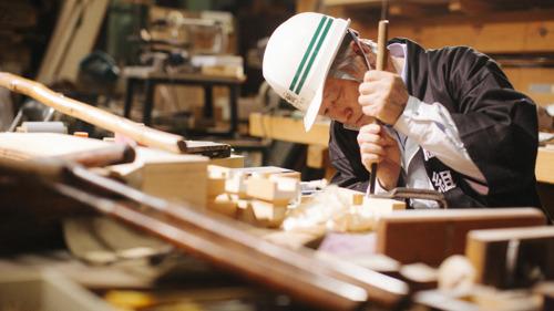 DOCUMENTAIRE : TAKUMI - UNE HISTOIRE DE 60 000 HEURES SUR LA SURVIE DE L'ARTISANAT HUMAIN