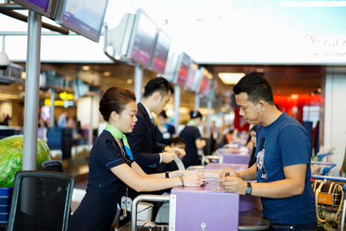 dnata Singapore's on-game strategy and quality service delivery  wins eight new customers in 2015