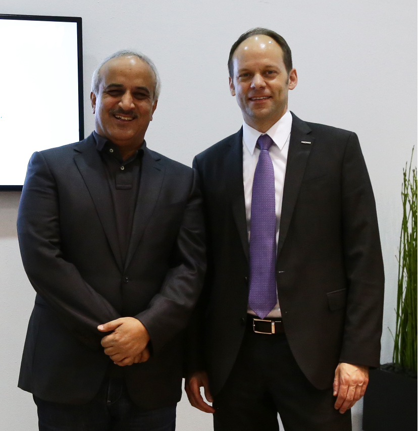 flydubai's Chief Executive Officer, Ghaith Al Ghaith and<br/>Dr. Mark Hiller, Chief Executive Officer and Shareholder of Recaro Aircraft Seating