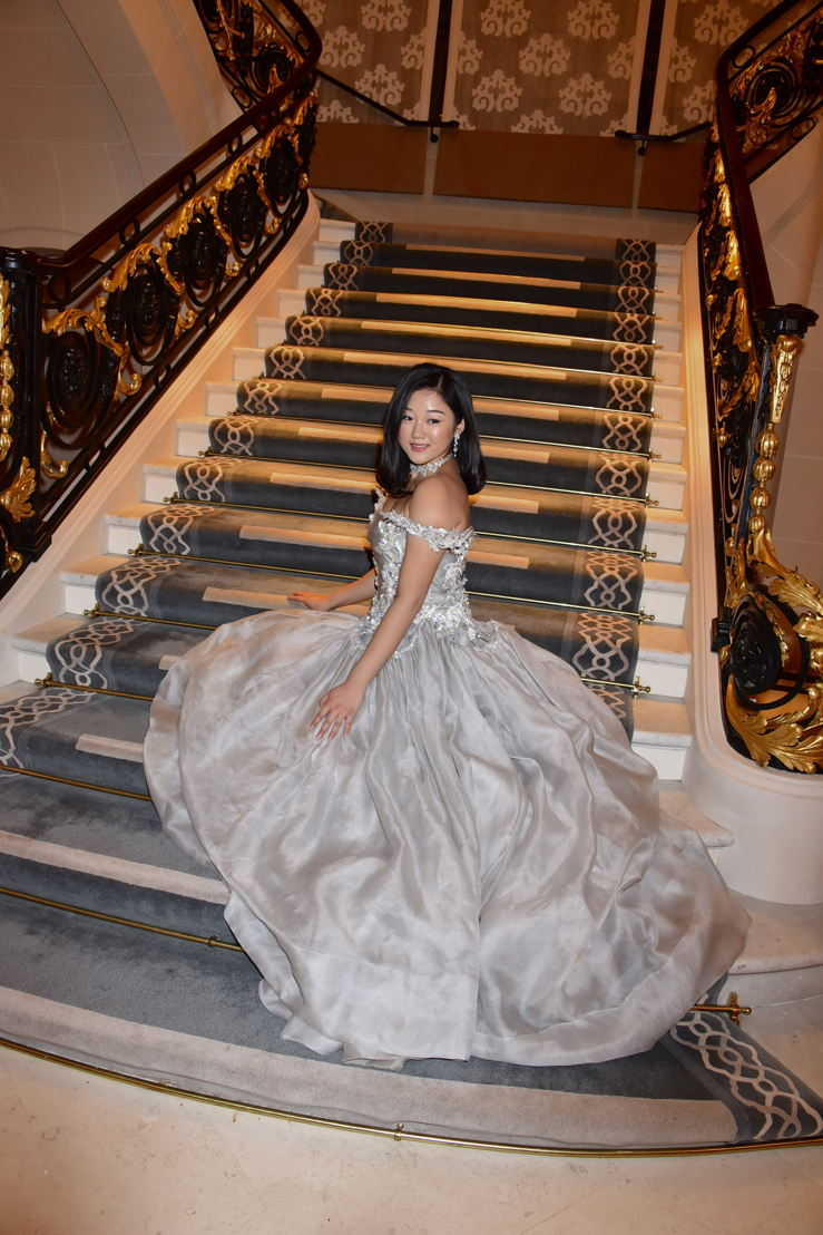 Donna Yuan (in Guo Pei and jewelry by Payal New York), Photo by Jean Luce Huré