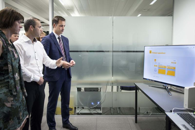 Ann Caluwaerts (Corporate Affairs & Communications, Telenet), Micha Berger (CTO, Telenet), Alexander De Croo