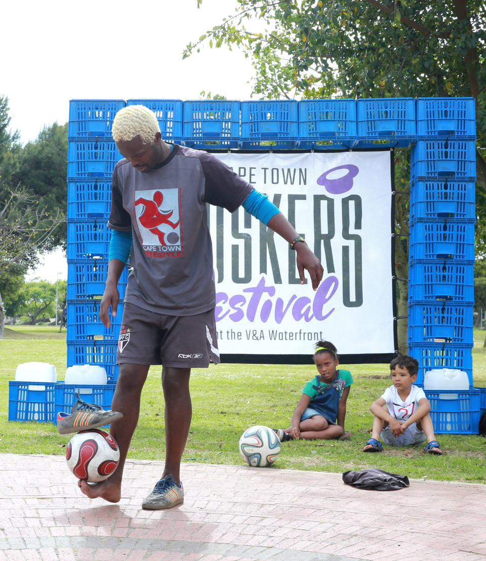 Soccer Freestylers at a sneak preview of the CT Buskers' Festival, Nantes Park, Athlone - pic Nardus Engelbrecht 2016