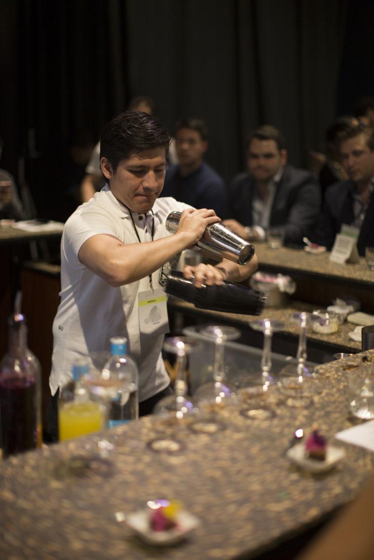 Adan Hernández de Xaman Bar