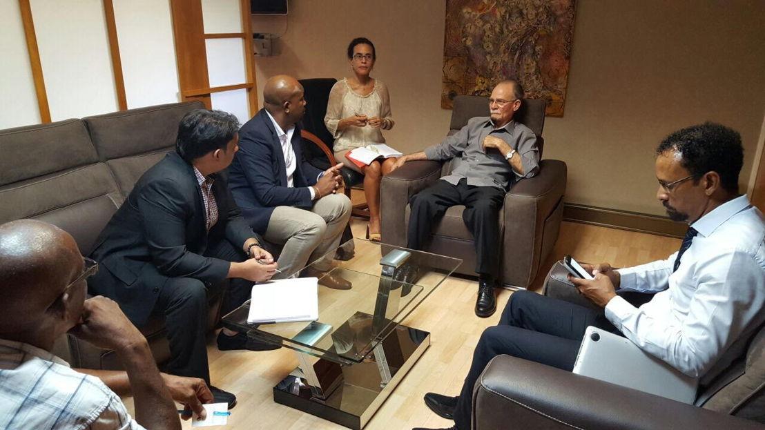 La mission commerciale de l'O.E.C.O rencontre Alfred Marie-Jeanne, le Président de la collectivité territoriale de Martinique.