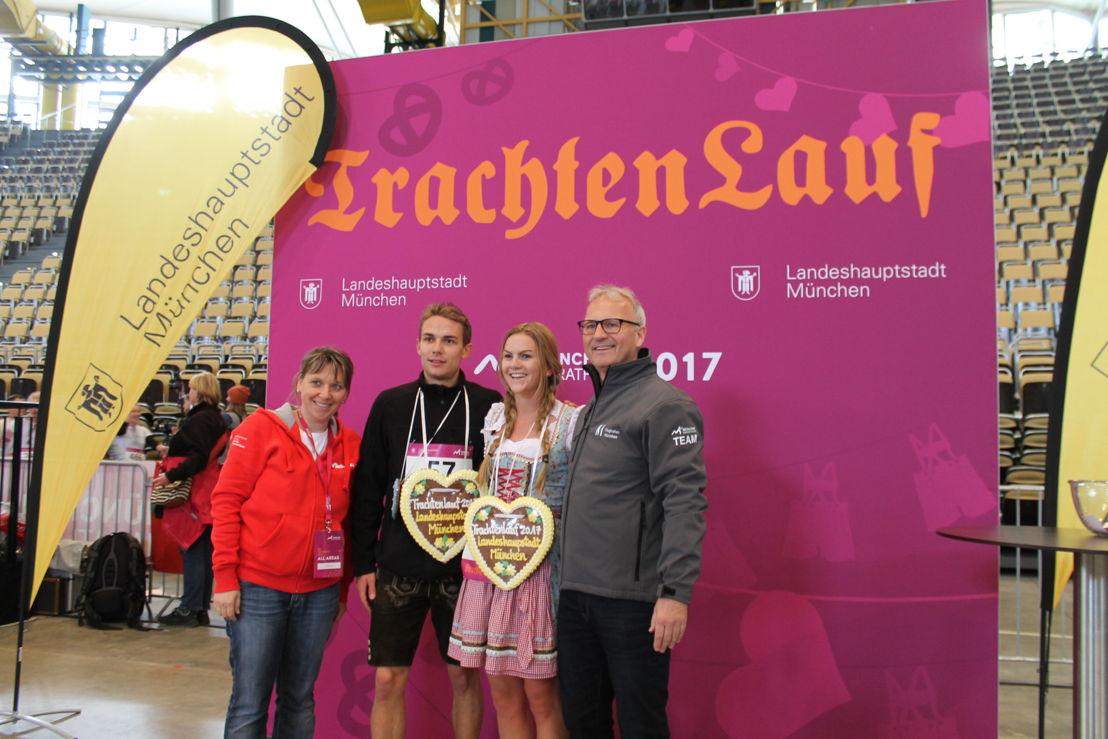 Im Ziel wurden die Läufer von Bayerischer Blasmusik und Veranstalter Gernot Weigl empfangen.