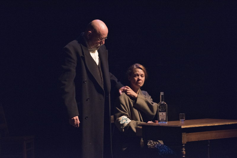 Paul Rainville and Kerry Sandomirsky in The Children's Republic by Hannah Moscovitch / Photos by David Cooper