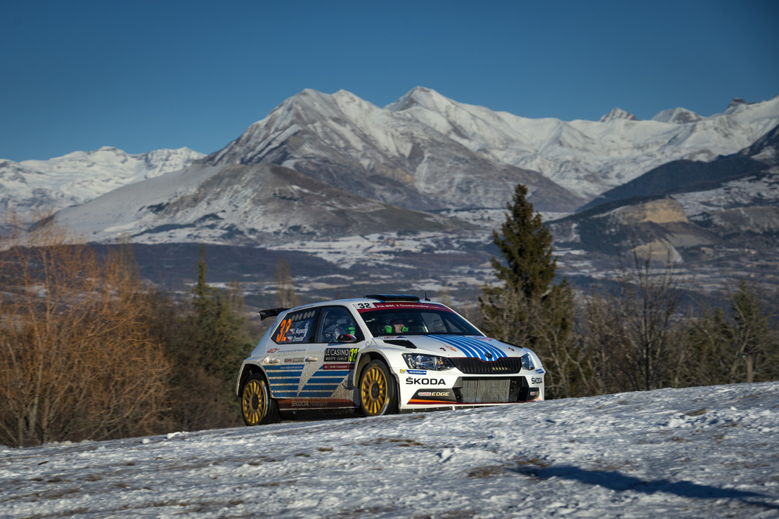 Mikkelsen dominates opening day of an icy Rally Monte Carlo in the ŠKODA FABIA R5