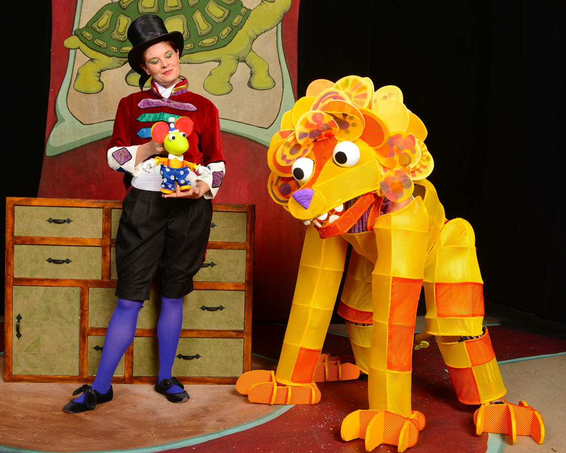 The Lion and the Mouse (Rod Reilly)