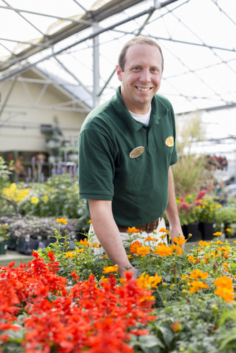 Pike Nurseries to hire more than 100 employees for fall and Christmas season