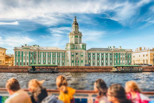 Популярность Петербурга выросла на треть среди иностранцев