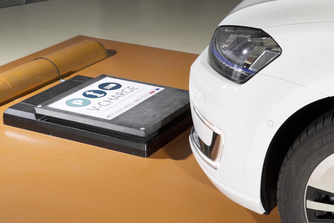 'V-Charge': Volkswagen drijft geautomatiseerd parkeren en opladen van elektrische voertuigen door