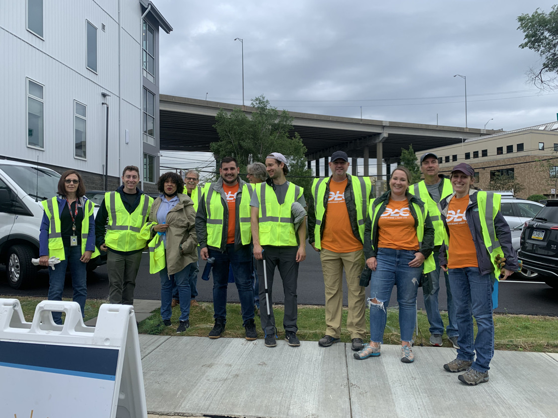 Duquesne Light Partners with Light of Life for Street Cleanup