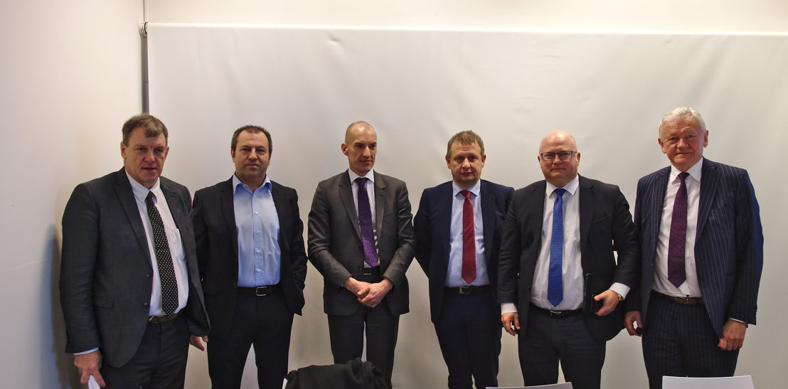 Launch of the recruitment campaign in Charleroi: Jean-Jacques Cloquet (Brussels South Charleroi Airport CEO),  Christian Delcourt (Communication Manager at Liège Airport), Renaud Lorand (President of the Board of Directors of Belgocontrol), Johan Decuyper (Belgocontrol CEO), Jean-Luc Crucke (Walloon Minister for Airports) and François Bellot (Federal Minister for Mobility). Picture: Christophe Marion