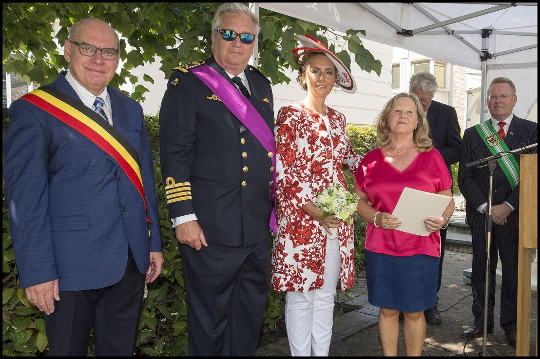 """Koninklijke Kunstkring """"De Meiboom"""" uit Melsele (Beveren), voorzitter Christiana Tackaert"""