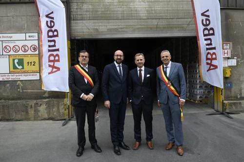 Le premier bateau à bière AB InBev élimine 5000 camions des routes belges en 2019