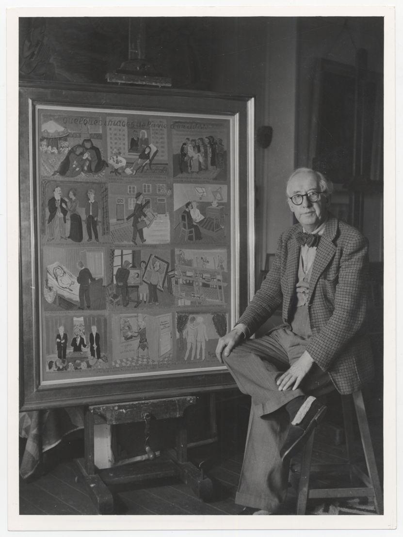 Edgard Tytgat bij het schilderij &#039;Enkele beelden uit het leven van een kunstenaar&#039;<br/>Koninklijke Musea voor Schone Kunsten van België, Archief voor Hedendaagse Kunst in België