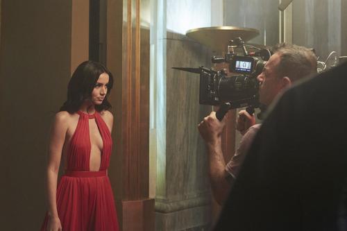 Ana de Armas verkent de wereld van Campari in 'Entering Red'