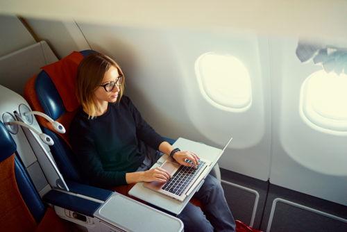 Preview: Пересели в бизнес-класс: спрос на перелеты в комфорте вырос на 15%