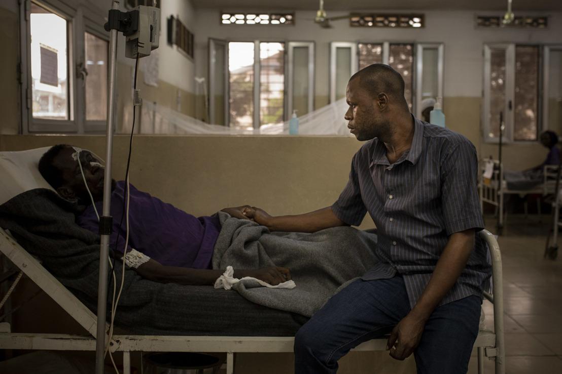 Informe MSF: Los programas de VIH y tuberculosis necesitan de un impulso financiero urgente