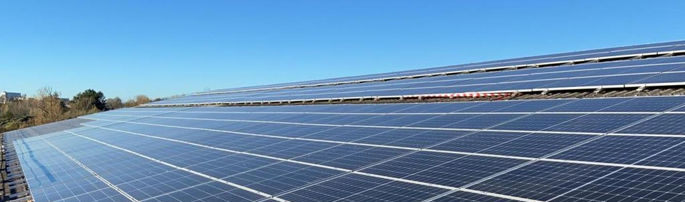 Steenbakkerij Vande Moortel zet met 2200 zonnepanelen volop in op productie van groene stroom