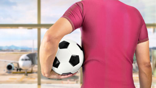 Футбольные болельщики готовы в десять раз переплачивать за авиабилеты