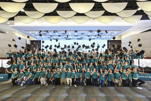 Cathay Pacific takes 180 students under its wing for I Can Fly