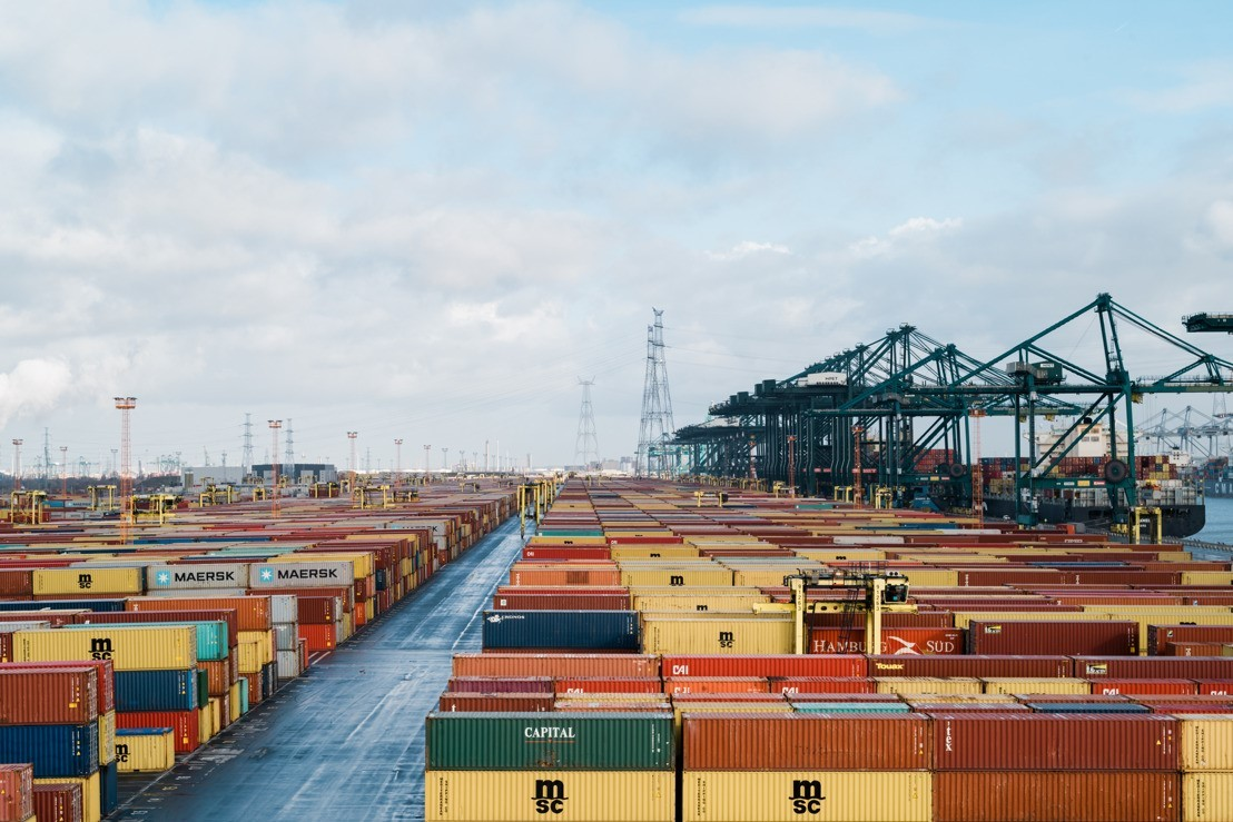 Port of Antwerp holds its ground thanks to container throughput