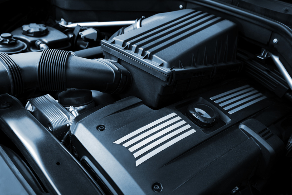 Polycarbonate: driving the automotive industry to new success.
