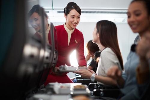 國泰航空 / 國泰港龍航空推出經濟艙精選優惠「享飛好理由」