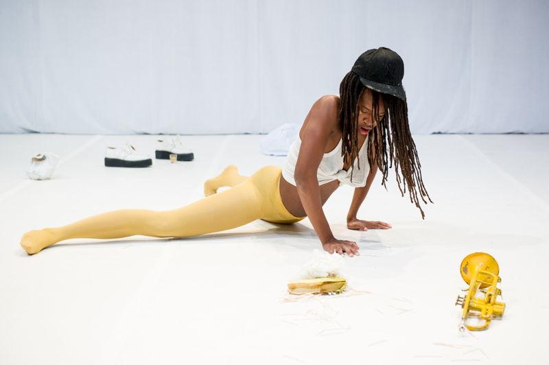 27 & 28.10 - Dana Michel (CA) - Yellow Towel - Photo © Ian Douglas