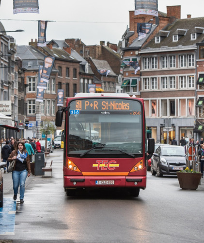 Pendant les fêtes, déplacez-vous à Namur en toute simplicité !