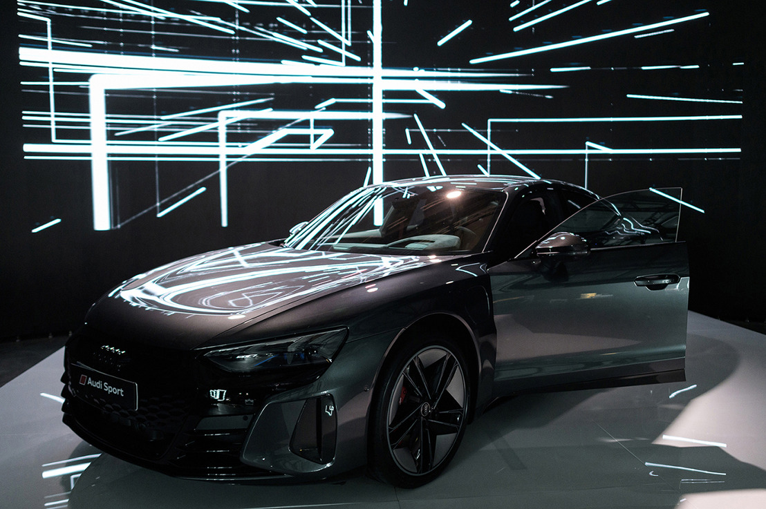 Електрическият флагман Audi RS e-tron GT отвори портала на бъдещето в сферата на електрическата мобилност