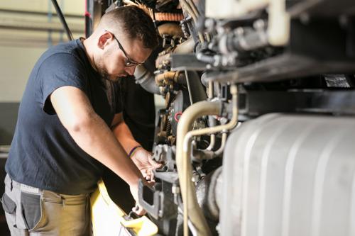 Le TEC soutient la nouvelle formation de technicien bus, un métier en pénurie