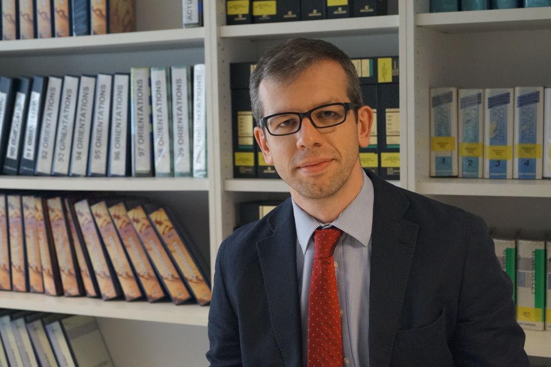Yves Stox - Partena Professional