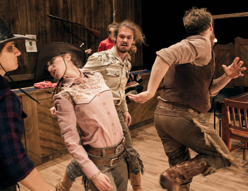 Nature Theater of Oklahoma -  Pursuit of Happiness - 2>3/03 © Andrej Lamut