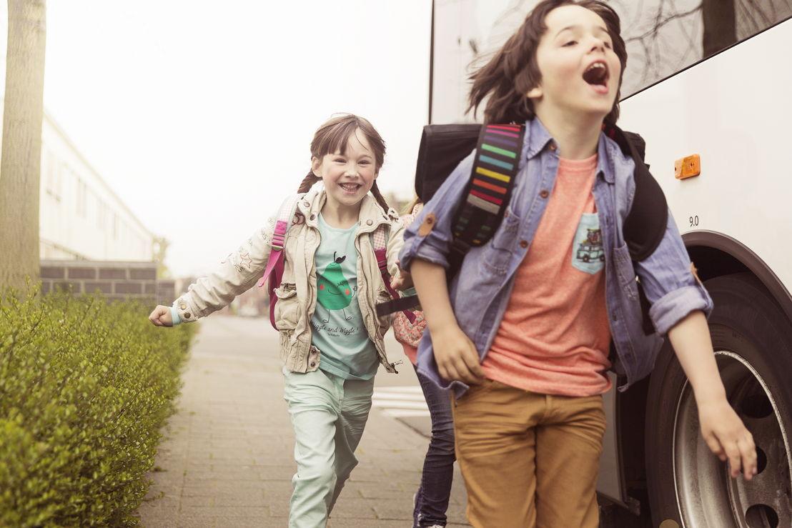 Terug naar school: 61000 scholieren die naar het eerste middelbaar gaan, krijgen een gratis probeerabonnement.