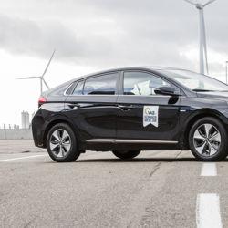 Hyundai Ioniq EV élue Voiture familiale VAB de l'Année pour la 2e année consécutive