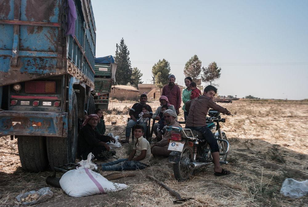 Una familia huye de los combates en el norte de Siria. Jake Simkin