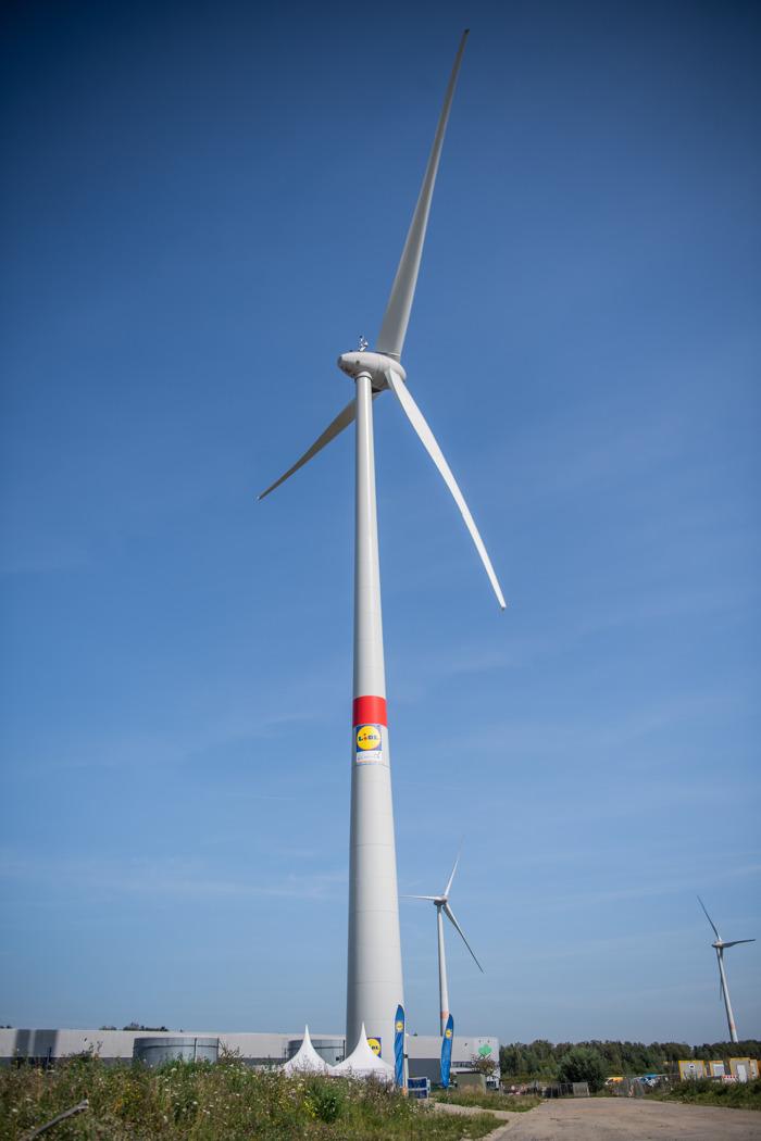Lidl start eerste windturbine op