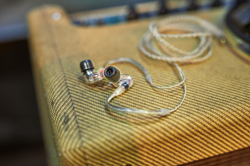 Anniversary offers on IE 400 PRO and IE 500 PRO in-ears