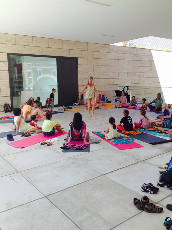 Yogasessies tijdens de zomerse zaterdagen in M